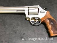 "Smith & Wesson 686 6"" Target Champion .357 Mag."