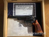 S&W Modell 29-5 .44 Magnum One of the last Dirty Harry