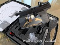 Walther PPQ M2 Q4 TAC Combo, 9 mm x 19 mit montiertem SHIELD RMSc Red Dot